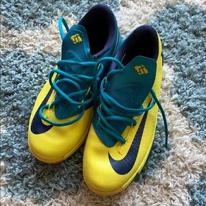 Gently worn Nike's